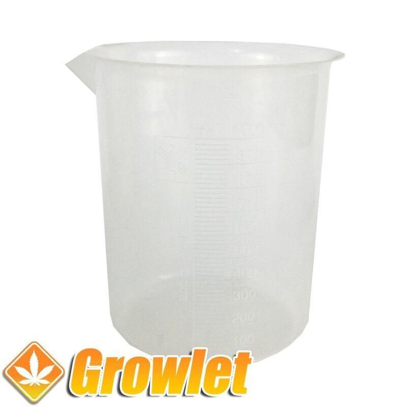 vaso de plastico para medir liquidos