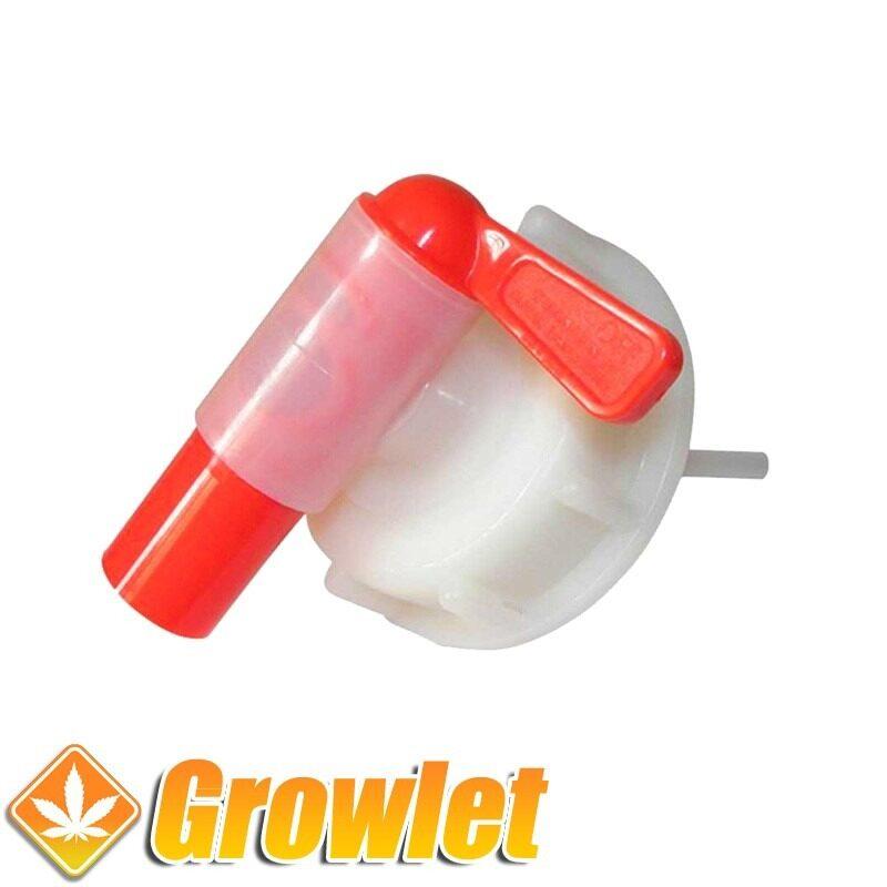 grifo para enroscar en una garrafa de fertilizante