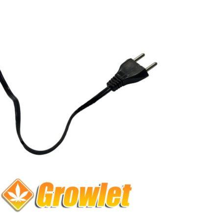 Cable eléctrico con enchufe
